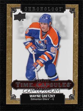 2018-19 Upper Deck Chronology - Time Capsules - Gold #TC-24 - Wayne Gretzky /25