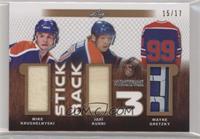 Mike Krushelnyski , Jari Kurri , Wayne Gretzky #/17