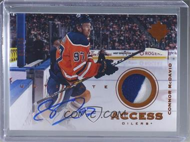 2019-20 Upper Deck Ultimate Collection - Ultimate Access Patch Autographs - Copper #UAA-CM - Connor McDavid /25