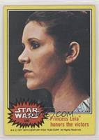 Princes Leia Honors the Victors [Good to VG‑EX]