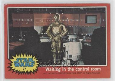 1977 Topps Star Wars - [Base] #77 - Waiting in the Control Room [GoodtoVG‑EX]