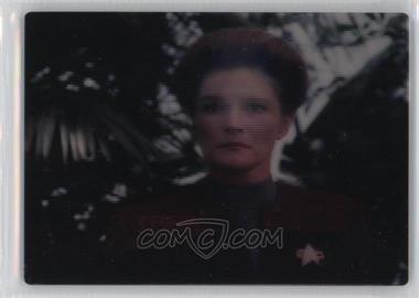 1995 SkyBox Star Trek: Voyager Season One Series 1 - SkyMotion #NoN - Captain Janeway