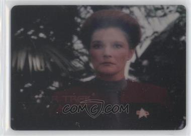 1995 SkyBox Star Trek: Voyager Season One Series 1 - Spectra-Etch Crew #S1 - Captain Kathryn Janeway