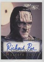 Richard Poe as Gul Evek