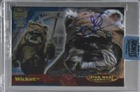 Warwick Davis as Wicket (2001 Star Wars Evolution) [Buy Back] #11/34