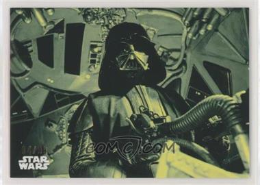2018 Topps Star Wars Black and White - [Base] - Green #136 - The Fearsome Darth Vader in Flight /99