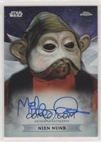 Mike Quinn as Nien Nunb #/199