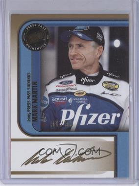 2005 Press Pass - Signings - Gold #MAMA - Mark Martin /50