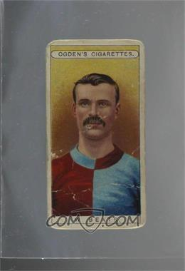 1908 Ogden's Famous Footballers - Tobacco [Base] #30 - William Beats [Poor]