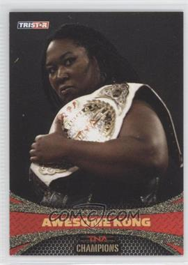 2009 TRISTAR TNA Impact! - [Base] - Gold #82 - Awesome Kong /5