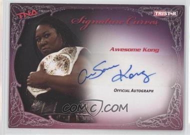 2009 TRISTAR TNA Wrestling Knockouts - Signature Curves #KA2 - Awesome Kong